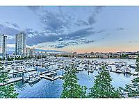 1228 Marinaside Crescent