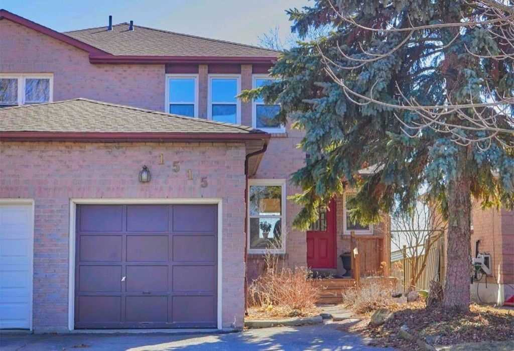 1515 Connery Cres
