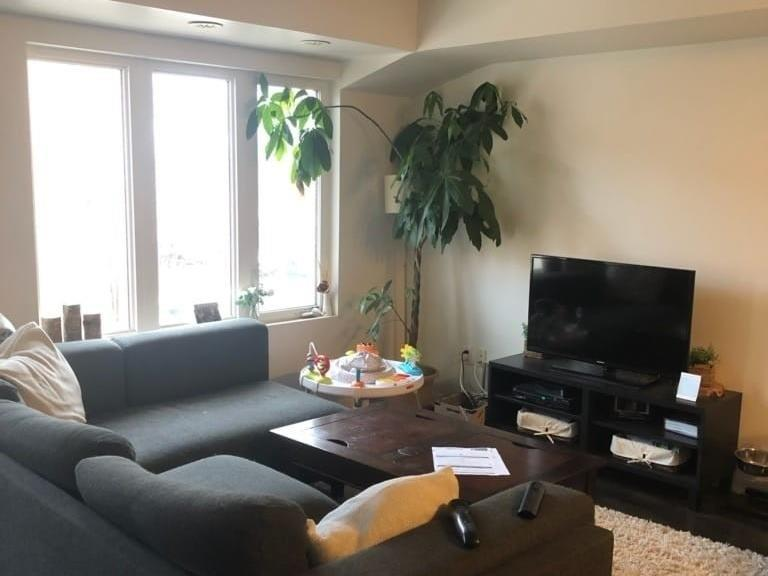 Th#251 - 12 Foundry Ave