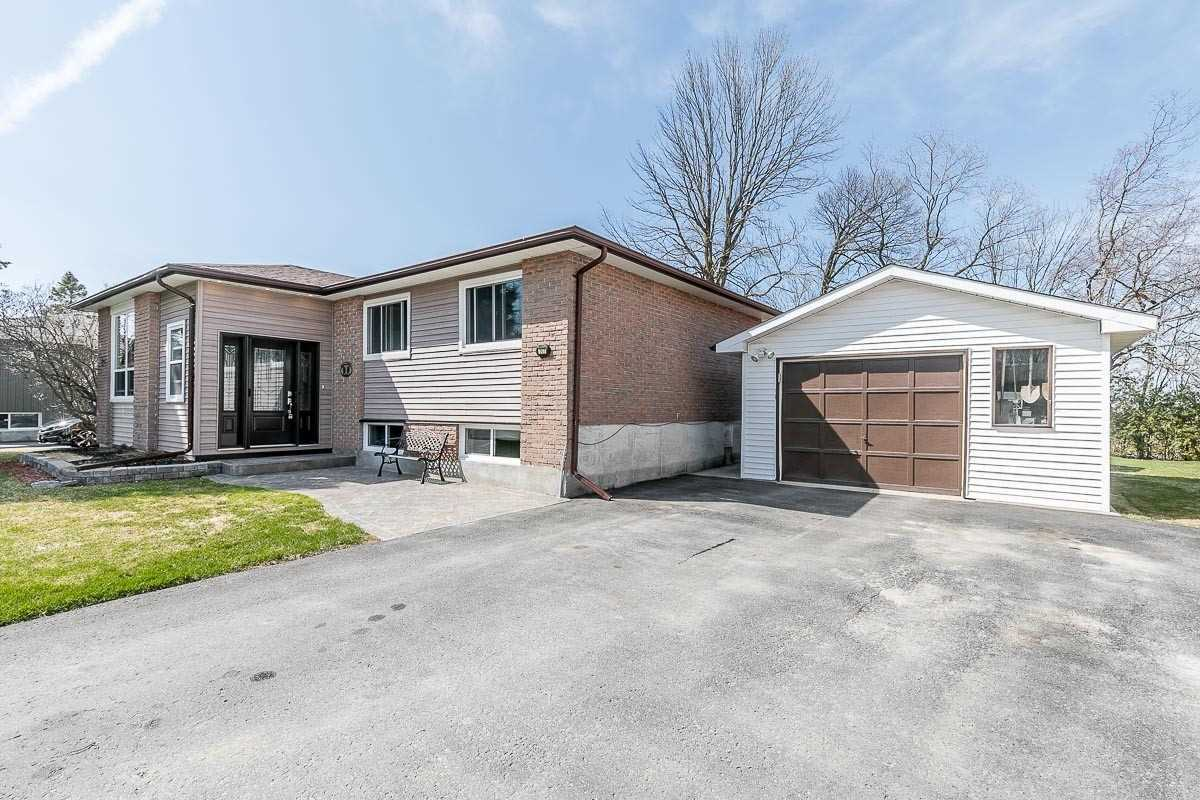 267 Nelson Cres