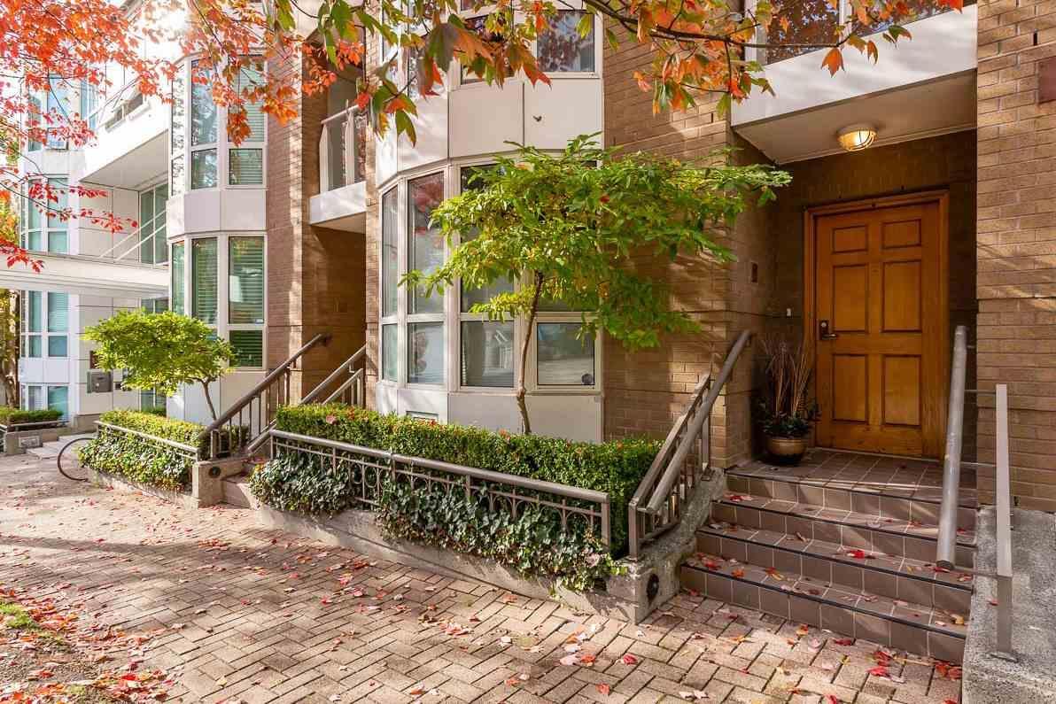 th16 - 1501 Howe Street