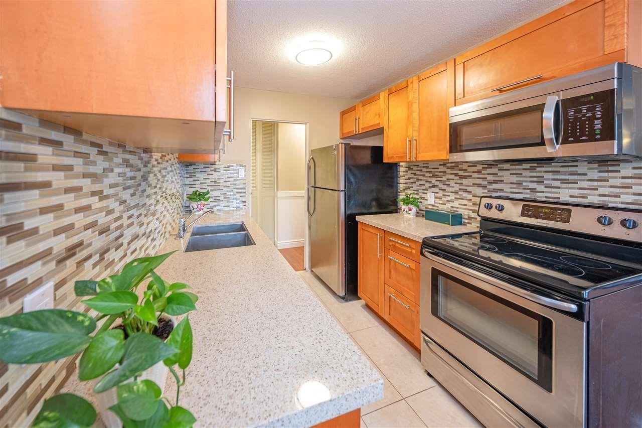 1205 - 5645 Barker Avenue