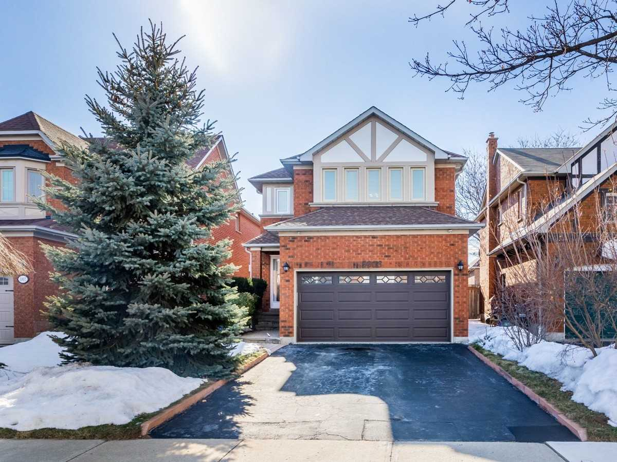 5903 Tayside Cres