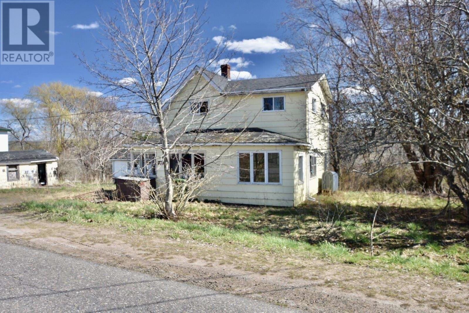 1468 Ridge Road