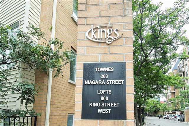 Th 25 - 208 Niagara St