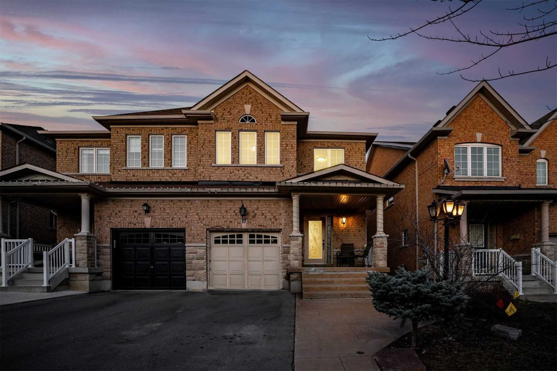 27 Manordale Cres