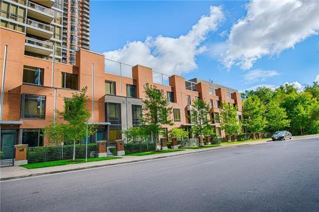 th5 - 23 Sheppard Ave