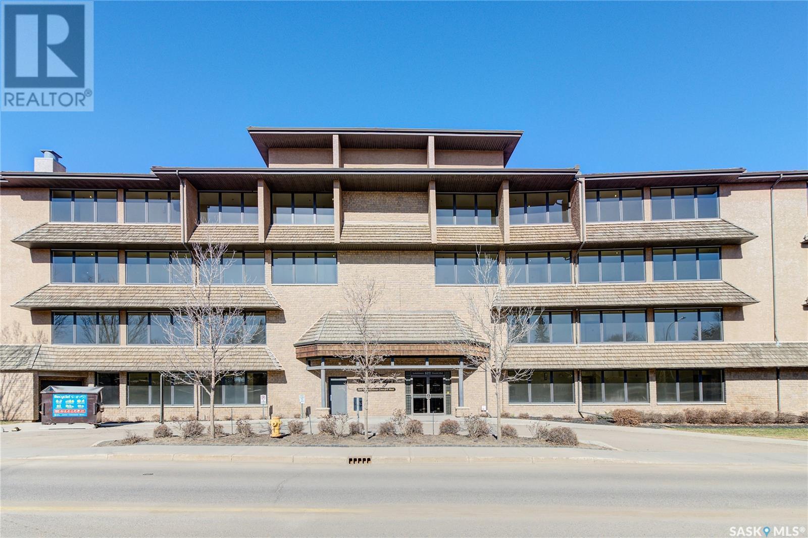 132 - 623 Saskatchewan Cres W